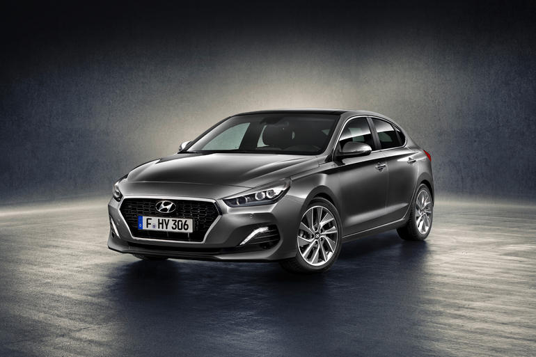 Hyundai i30 Fastback: Neues, schräges Familienmitglied