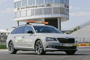 Skoda Superb Combi als Medical Car auf dem Hockenheimring